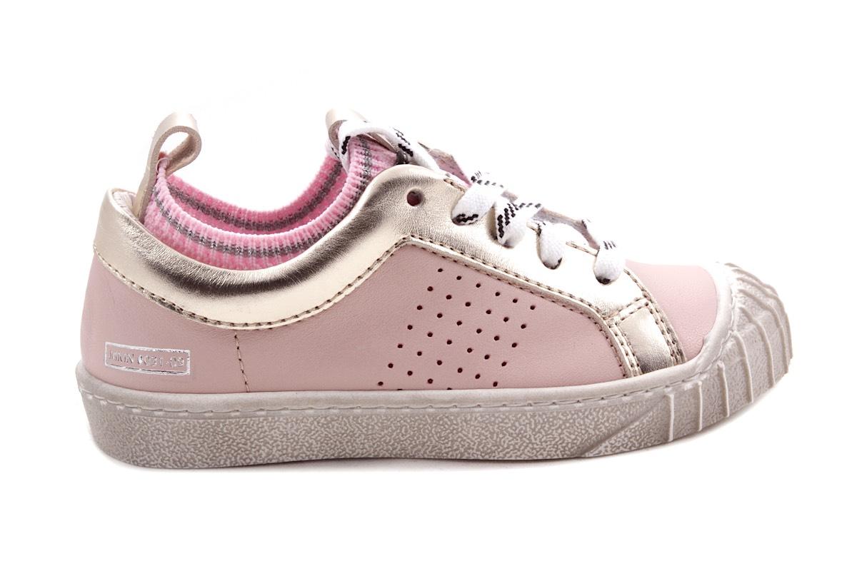 Sneaker Roze Met Goud Veter