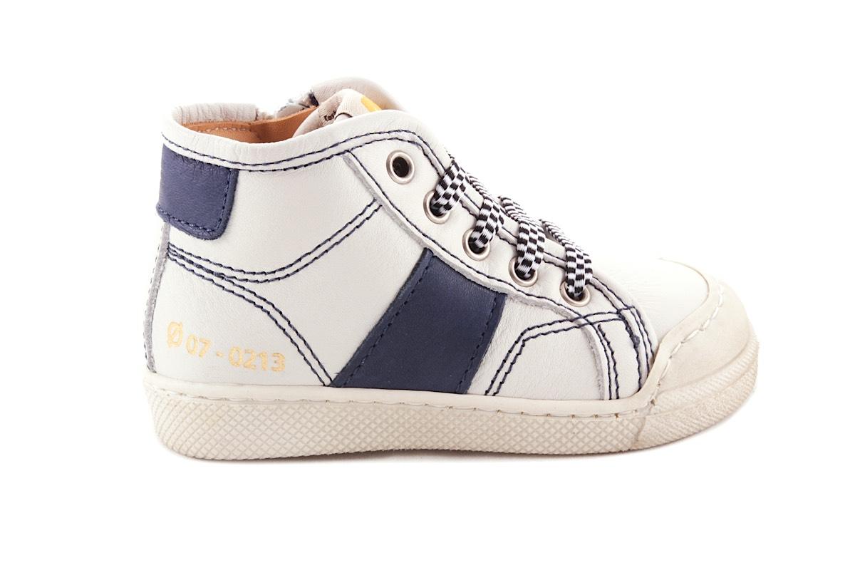 Sneaker Wit Met Blauwe Streep