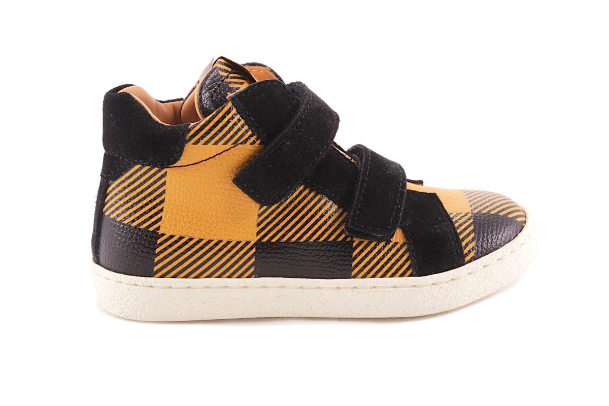 Sneaker Oker Met Zwarte Carreau Velcro