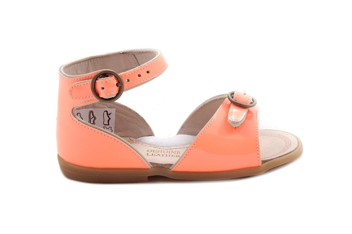 Sandaal 2 Gespjes Oranje Lak Met Wit Biesje
