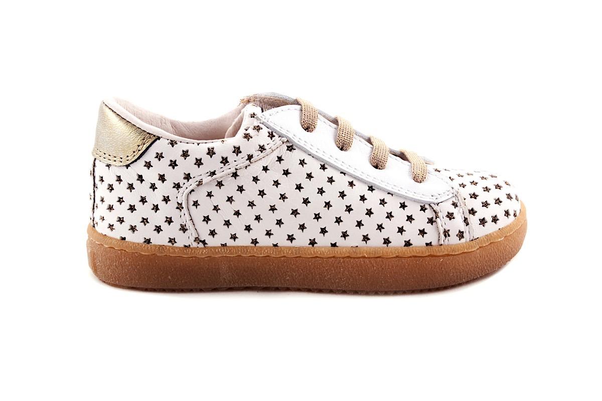 Sneaker Wit Met Gouden Sterretjes