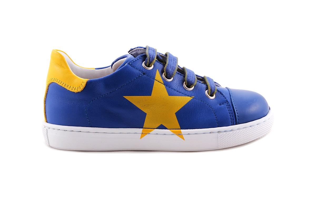 Sneaker Groot Blauw Met Gele Ster