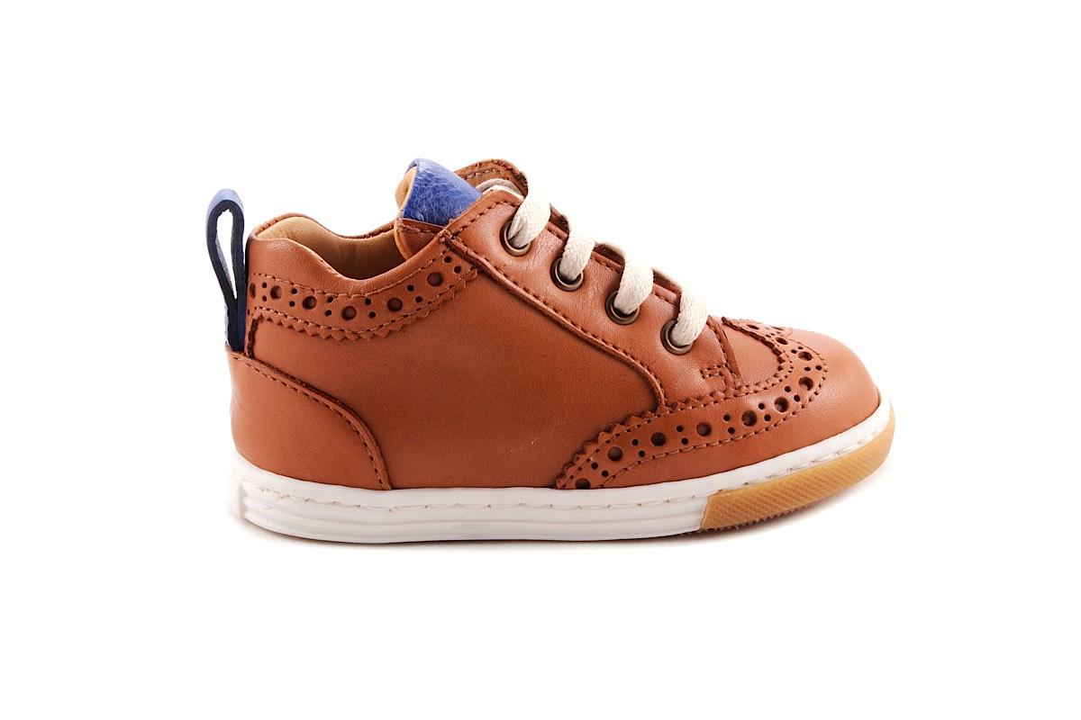 Sneaker Laag Brogue Cognac Met Blauw Accent