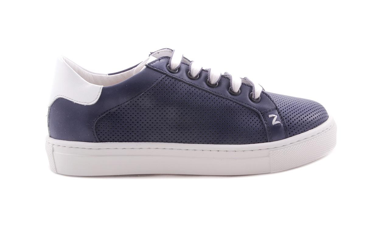 Sneaker Blauw Groot Geperforeerd