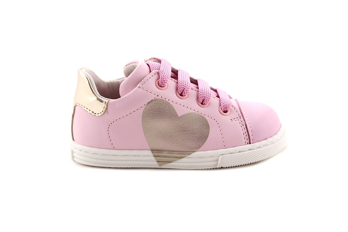 Sneaker Roze Met Gouden Hartje Hart Laag Klein