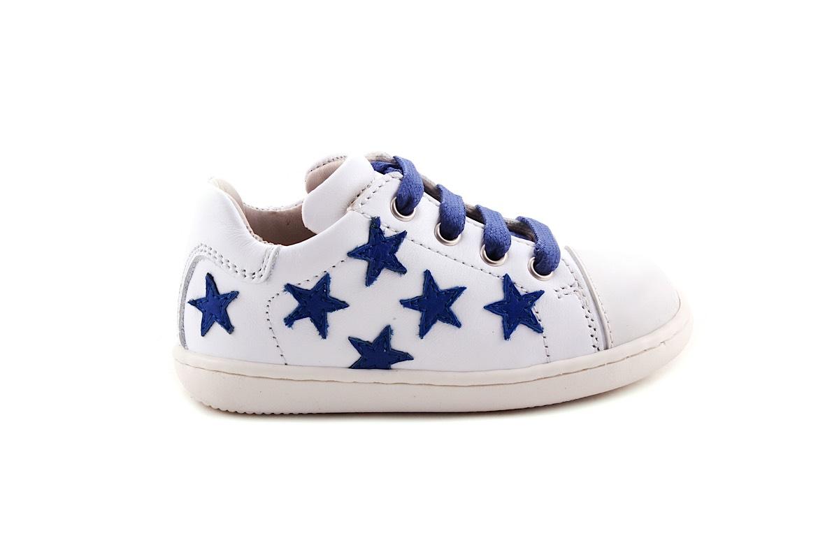Sneaker Klein Wit Met Blauwe Sterretjes