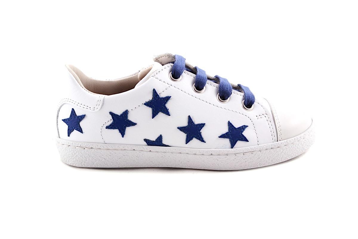 Sneaker Groot Wit Met Blauwe Sterretjes