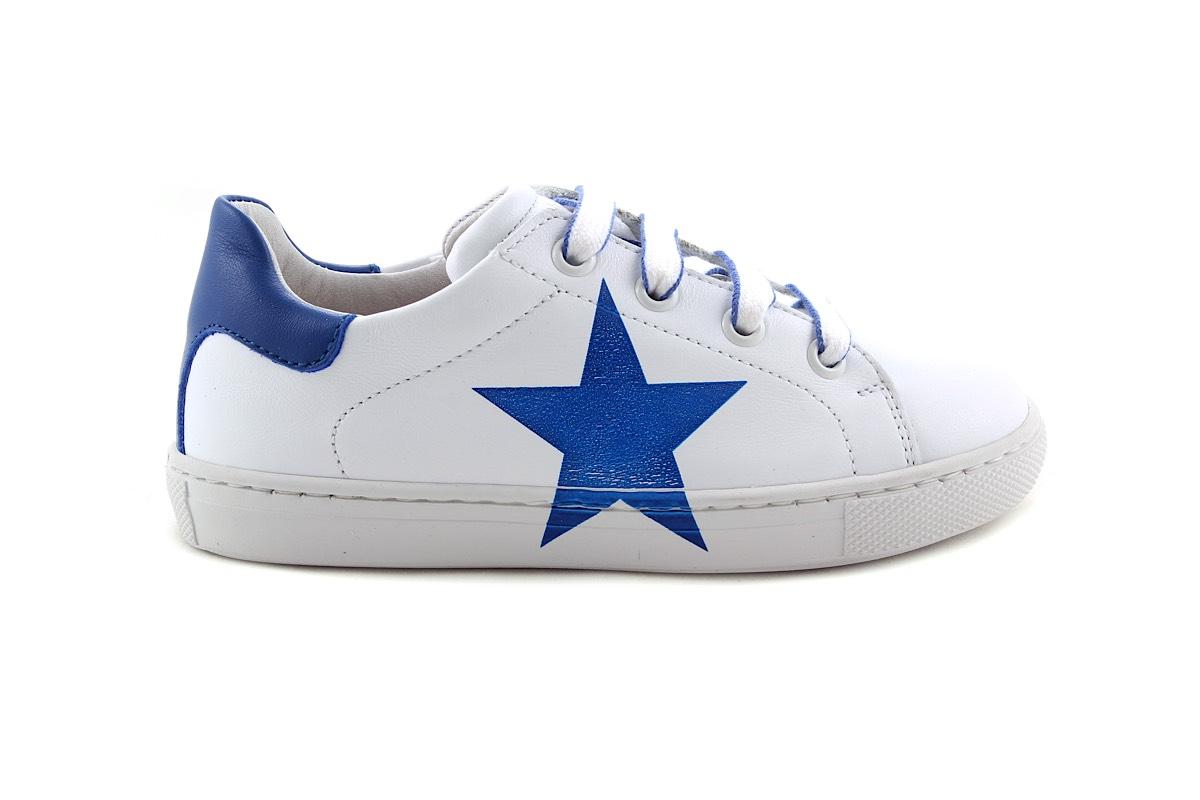 Sneaker Groot Wit Met Blauwe Ster