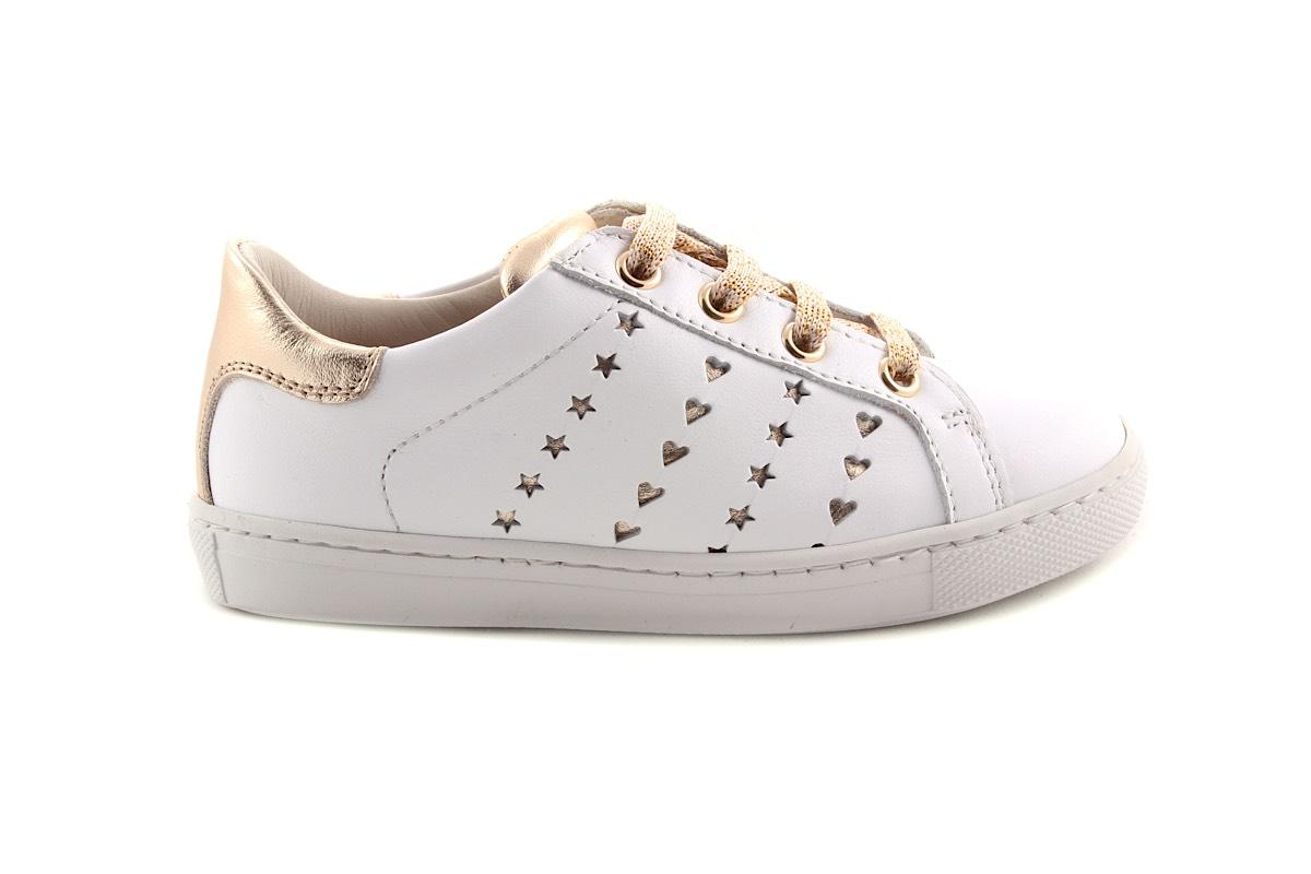 Sneaker Wit Met Sterretjes En Hartjes Laag Groot