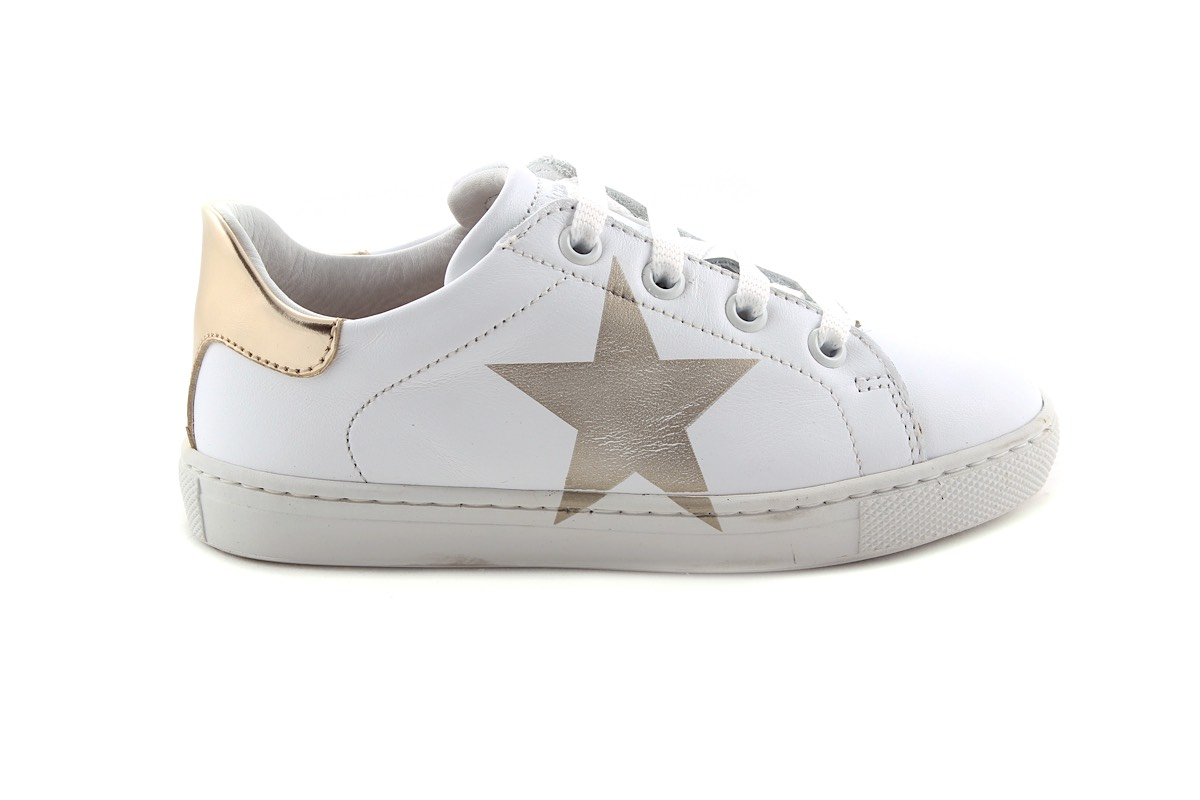 Sneaker Wit Laag Groot Met Gouden Ster