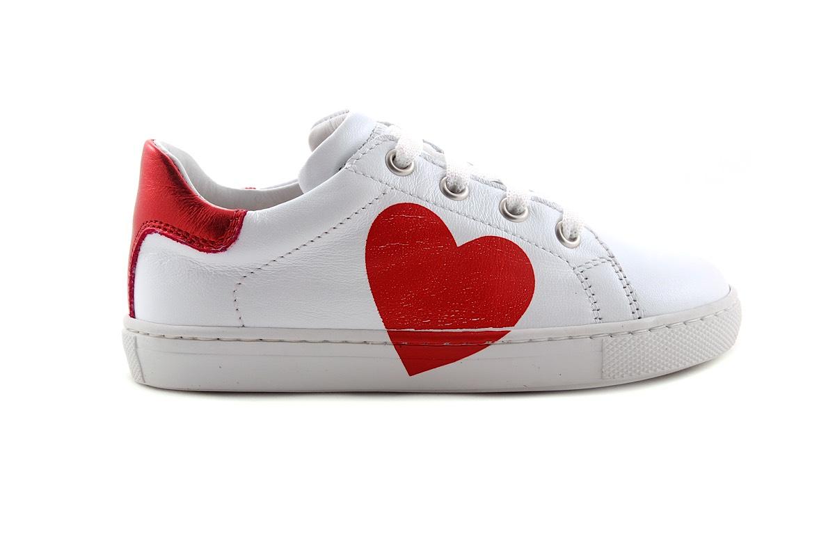Sneaker Wit Met Rood Hart Laag Groot