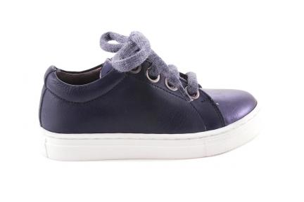 Sneaker Blauw Leder En Blink Tip Wollen Vetertje