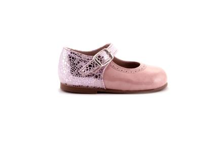 Schoen gesp roze lak vooraan met druppelmotief