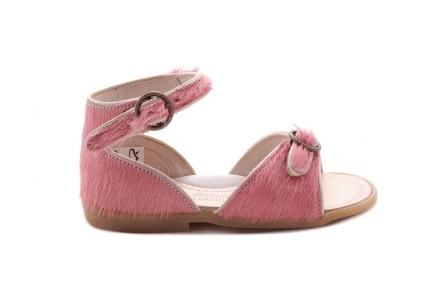 Sandaal 2 Gespjes Roze Haartjes