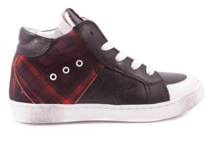Sneaker Groot Zwart Voor Rode Ruitjes Achter