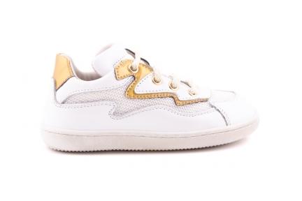 Sneaker Wit Met Goud Details Bliksem