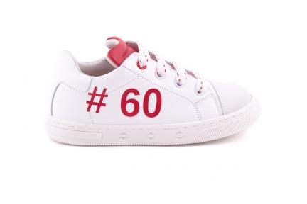 Sneaker Klein Wit Met Rubber Tip Hashtag En Rode Accenten