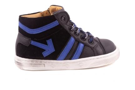 Sneaker Klein, Felblauwe Streepjes, Zwartrubber Tip, Felblauwe Pijl  Zwart Leder