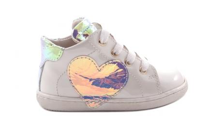 Sneaker Beige Lak Groot Hart