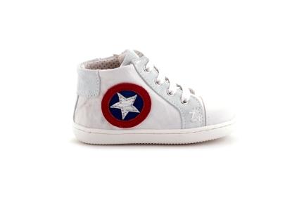 Sneaker halfhoog in wit met ster blauw rood wit