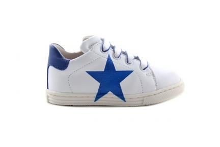 Sneaker Klein Wit Met Blauwe Ster